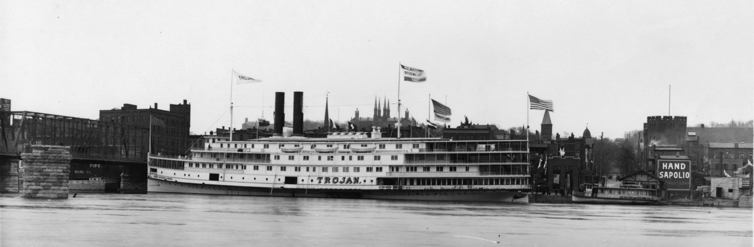 Trojan Steamer to Albany, docked at Ferry St. 1909 (click-drag to view)